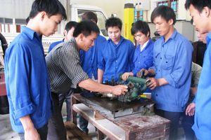 Chính sách hỗ trợ đào tạo nghề trình độ sơ cấp cho thanh niên