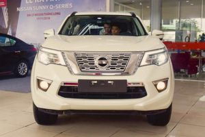 Nissan Terra có mặt tại đại lý, tới tay khách hàng trong tháng 12