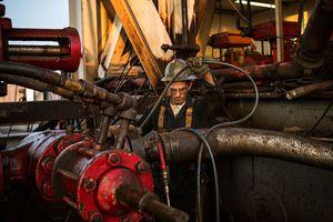 Giá dầu giảm tuần thứ 6 liên tiếp