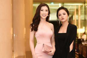 Hoa hậu Phí Thùy Linh đọ dáng cùng 'My sói' Thu Quỳnh tại sự kiện