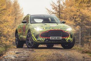 DBX - SUV đầu tiên của Aston Martin hứa hẹn sẽ về Việt Nam