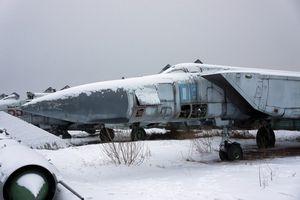 'Tiếc đứt ruột' số lượng lớn tiêm kích MiG-31 bị bỏ quên trong băng tuyết