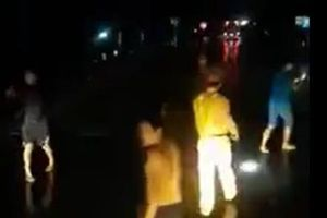CSGT đánh nhau với lái xe: 'Chúng tôi chỉ có 2 người thì làm sao dám đánh họ được'