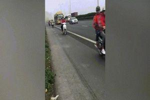 Nhóm phượt thủ đánh cược tính mạng với 'thần chết' trên cao tốc