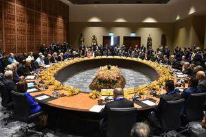 Quan chức Trung Quốc 'làm lố', Papua New Guinea phải gọi cảnh sát xử lý?