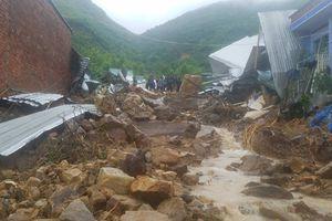 Hàng chục người chết, mất tích do sạt lở đất nghiêm trọng ở Nha Trang