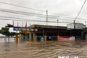Ninh Thuận: Áp thấp nhiệt đới gây sạt lở, chia cắt giao thông
