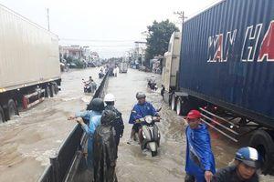 Khánh Hòa tan hoang sau bão số 8