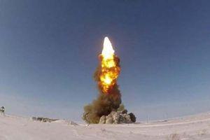 Clip: Tên lửa đánh chặn PRS-1M diệt mục tiêu nhanh như chớp