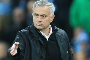 Xong! BLĐ Man Utd ra điều kiện cực khó để sa thải Mourinho