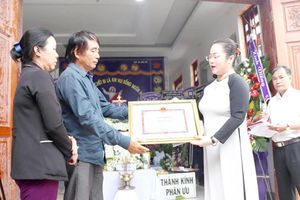 Truy tặng bằng khen đột xuất cho dân quân Nguyễn Thanh Tùng