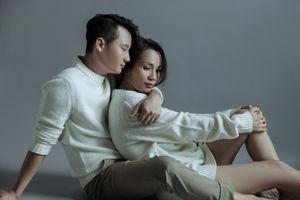 Sau 12 năm kết hôn, vợ chồng Hoàng Bách vẫn mặn nồng như thuở mới yêu