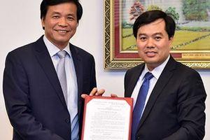 Ông Nguyễn Mạnh Hùng giữ chức vụ Phó Chủ nhiệm Văn phòng Quốc hội