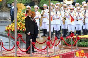 Thủ tướng Nguyễn Xuân Phúc chủ trì lễ đón trọng thể Thủ tướng Liên bang Nga D.A. Medvedev