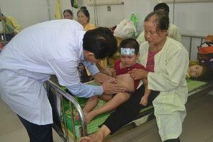 Xác định nguyên nhân làm 225 người cấp cứu sau buổi liên hoan