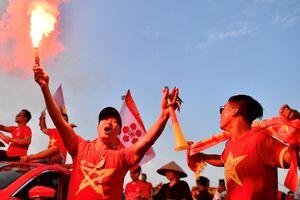 Myanmar mong CĐV Việt Nam không mang pháo sáng vào sân