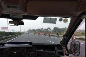 Xe máy đi vào cao tốc, bị tai nạn thì có được bồi thường không?