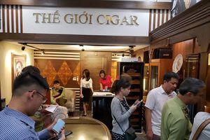 QLTT Hà Nội kiểm tra một loạt cửa hàng, thu giữ nhiều cigar không có hóa đơn chứng từ