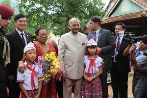 Tổng thống Ấn Độ tham quan Khu Đền tháp Mỹ Sơn