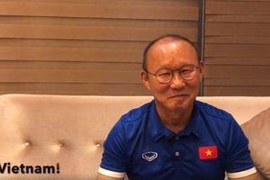 HLV Park Hang-seo tiết lộ 'đội bóng trong mơ' và món ăn Việt yêu thích nhất