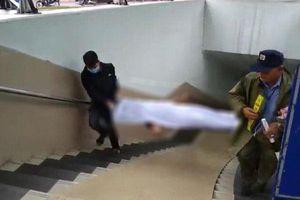 Kinh hãi phát hiện xác chết trong hầm đi bộ Kim Liên