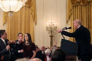 Tổng Trump chấm mức điểm cao nhất cho mình trong gần 2 năm tại nhiệm