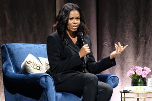 Ông Obama: 'Tôi biết vợ mình sẽ là mẹ của những đứa con phi thường'