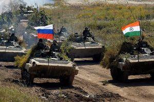 Máy bay vận tải quân sự Il-76 chở binh sĩ Nga tới Ấn Độ làm gì?
