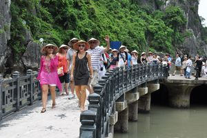 Giải mã dòng khách Nga tăng trưởng mạnh ở Việt Nam