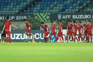 AFF SUZUKI Cup 2018: Đội tuyển Việt Nam tập luyện làm quen sân
