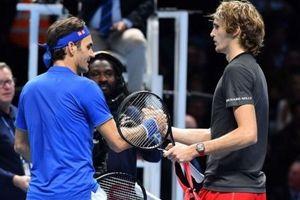 Federer bảo vệ Zverev sau sự cố bị CĐV chỉ trích