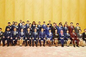 Đoàn đại biểu thanh niên Việt Nam 2018 gặp gỡ Thủ tướng Shinzo Abe