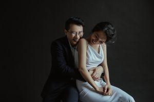 Kỷ niệm 12 năm ngày cưới, vợ chồng Hoàng Bách khoe tài sản lớn nhất