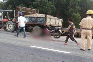 Cả gia đình gặp nạn khi xe máy va chạm với công nông, bố và con gái 4 tuổi tử vong thương tâm