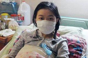 Cô gái 20 tuổi bị ung thư cổ tử cung vì dùng giấy vệ sinh sai cách