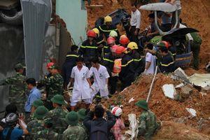 Mưa lũ gây thiệt hại khủng khiếp: Học sinh Nha Trang buộc phải nghỉ học
