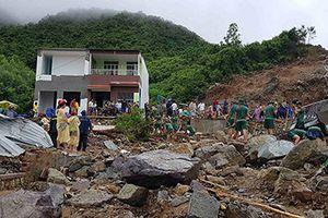 Tập trung các lực lượng tìm kiếm người mất tích và khắc phục hậu quả do mưa lũ