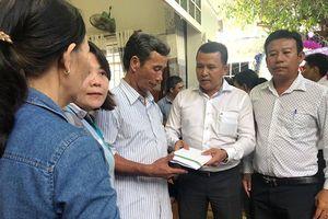 Công ty Cổ phần Đầu tư kinh doanh địa ốc Hưng Thịnh hỗ trợ người dân gặp nạn do mưa lũ 750 triệu đồng
