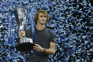 Zverev đánh bại Djokovic để lần đầu tiên vô địch ATP Finals
