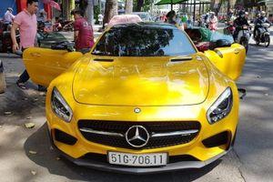 Sài Gòn: Cận cảnh Mercedes-Benz AMG GT S Edition 1 màu vàng độc nhất Việt Nam