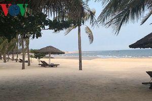 Hai du khách nước ngoài tử vong khi tắm biển Lăng Cô