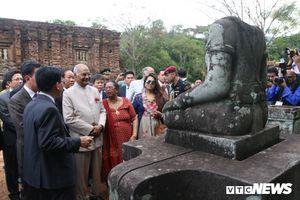 Tham quan Thánh địa Mỹ Sơn, Tổng thống Ấn Độ: 'Kiến trúc của các ngôi đền được thiết kế tinh tế'