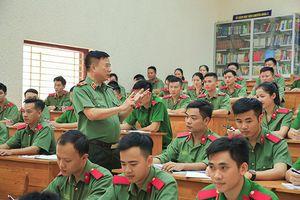 Phát huy vai trò của đội ngũ nhà giáo CAND trong xây dựng đội ngũ cán bộ Công an các cấp đủ phẩm chất, năng lực và uy tín, ngang tầm nhiệm vụ