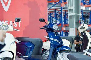 Chiều nay, đại lý đồng loạt mở bán xe máy điện VinFast Klara