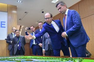 Chủ tịch Hà Nội: Phấn đấu để người dân dùng nước sạch chuẩn châu Âu