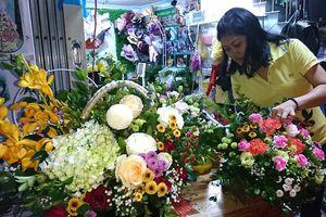 Hoa tươi tăng giá mạnh ngày 20/11