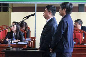 Màn đối chất giữa ông trùm và cựu Cục trưởng C50 trước tòa