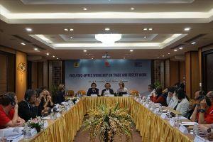 Tổng LĐLĐVN phối hợp tổ chức hội nghị 'Thương mại và việc làm thỏa đáng'