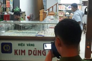 Cận cảnh tiệm vàng bị cướp ở Quảng Nam