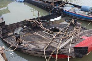 Vụ chìm thuyền chở hóa chất: Trách nhiệm thuyền trưởng ra sao?